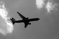 πετώντας αεροπλάνο Στοκ εικόνες με δικαίωμα ελεύθερης χρήσης