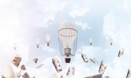 Πετώντας μπαλόνια ζεστού αέρα στον αέρα Στοκ Φωτογραφίες