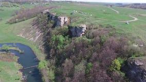 Πετώντας πέρα από τον ποταμό, ο βράχος φιλμ μικρού μήκους