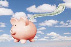 Πετώντας τράπεζα Piggy Στοκ Εικόνες