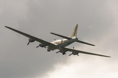 πετώντας φρούριο 17 β Boeing Στοκ εικόνες με δικαίωμα ελεύθερης χρήσης