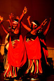 Πετώντας χορευτές Calverachat με τη μουσική Στοκ Φωτογραφία