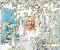 Πετώντας χρήματα Στοκ φωτογραφία με δικαίωμα ελεύθερης χρήσης