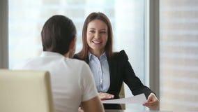 Πελάτης συνεδρίασης των επιχειρηματιών απόθεμα βίντεο