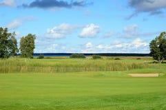 Πεδίο γκολφ Στοκ φωτογραφία με δικαίωμα ελεύθερης χρήσης