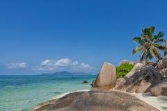 Πηγή δ ` Argent Anse - βράχοι γρανίτη στην όμορφη παραλία στο τροπικό Λα Digue νησιών στις Σεϋχέλλες Στοκ Εικόνες
