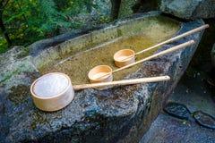 Πηγή καθαρισμού στη λάρνακα, Arashiyama, Κιότο, Ιαπωνία Στοκ φωτογραφία με δικαίωμα ελεύθερης χρήσης