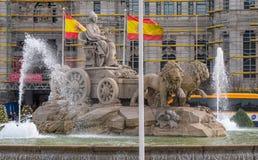 Πηγή και διασταύρωση κυκλικής κυκλοφορίας Cibeles στη Μαδρίτη Στοκ Εικόνες