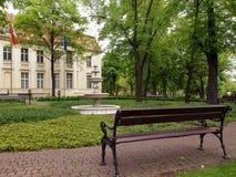 Πηγή και παλάτι Biederman στο Λοντζ στοκ εικόνες
