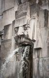Πηγή προσώπου, σταθμός του Μιλάνου Centrale, Μιλάνο, Ιταλία Στοκ Φωτογραφίες