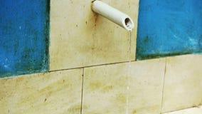 Πηγή πόσιμου νερού απόθεμα βίντεο