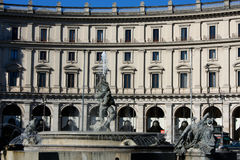 Πηγή στην πλατεία της Δημοκρατίας Ιταλία Ρώμη Στοκ φωτογραφίες με δικαίωμα ελεύθερης χρήσης