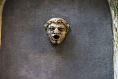 Πηγή στη μορφή του κεφαλιού του σατύρου Στοκ Εικόνες
