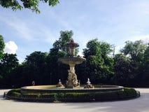 Πηγή στο πάρκο Μαδρίτη Ισπανία Retiro Στοκ φωτογραφίες με δικαίωμα ελεύθερης χρήσης