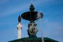 Πηγή στο Pedro IV Square Praca de Δ Pedro IV, πλατεία Rossio στοκ εικόνες