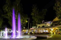 Πηγή στο plaza, Κρήτη στοκ φωτογραφίες με δικαίωμα ελεύθερης χρήσης