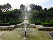 Πηγή στο Rose Garden Λα Rosaleda στο πάρκο Μαδρίτη Retiro Στοκ εικόνα με δικαίωμα ελεύθερης χρήσης