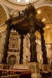 πηγή Peter Ρώμη s τετραγωνικό ST Βατικανό πόλεων bernini βασιλικών ανασκόπησης Στοκ φωτογραφίες με δικαίωμα ελεύθερης χρήσης