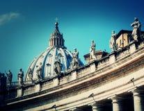 πηγή Peter Ρώμη s τετραγωνικό ST Βατικανό πόλεων bernini βασιλικών ανασκόπησης λεπτομέρειες Στοκ Φωτογραφίες