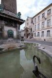 Πηγή Place de Λα Republique σε Arles, Γαλλία Στοκ Φωτογραφία