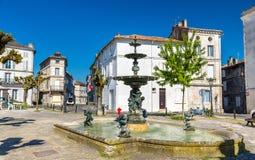 Πηγή Place du Minage στο Angouleme, Γαλλία Στοκ Εικόνες