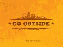 Πηγαίνετε έξω Δημιουργική έννοια κινήτρου πεζοπορώ βουνών περιπέτειας Διανυσματικό υπαίθριο σχέδιο Στοκ Φωτογραφία