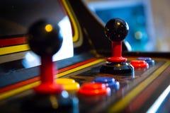 Πηδάλιο εκλεκτής ποιότητας arcade videogame - νόμισμα-Op Στοκ Φωτογραφία