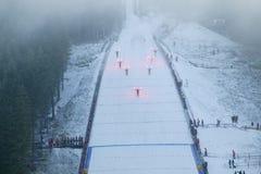 πηδώντας έναρξη σκι στοκ εικόνα