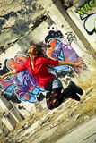 πηδώντας γυναίκα Στοκ Φωτογραφία