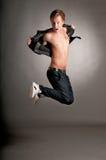 πηδώντας νεολαίες αγορ&iot Στοκ φωτογραφία με δικαίωμα ελεύθερης χρήσης