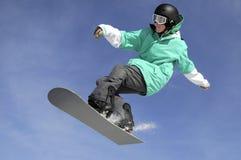 πηδώντας σνόουμπορντ Στοκ εικόνα με δικαίωμα ελεύθερης χρήσης