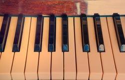 Πιάνο πληκτρολογίων, πλάγια όψη του μουσικού εργαλείου οργάνων Στοκ Φωτογραφίες