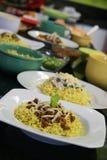 Πιάτα βόειου κρέατος και κοτόπουλου των κινεζικών νουντλς Στοκ Φωτογραφίες