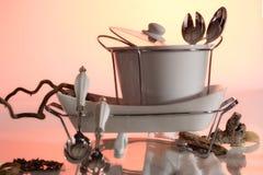 Πιάτα και σκεύος για την κουζίνα στοκ φωτογραφίες