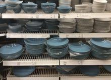 Πιάτα και πιάτα στο κατάστημα της IKEA Μόσχα Στοκ Εικόνες