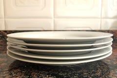 Πιάτα πορσελάνης που απομονώνονται Στοκ φωτογραφία με δικαίωμα ελεύθερης χρήσης