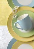 πιάτα φλυτζανιών στοκ φωτογραφία με δικαίωμα ελεύθερης χρήσης