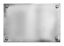Πιάτο ή πινακίδα χάλυβα μεταλλικό με τα καρφιά Στοκ εικόνα με δικαίωμα ελεύθερης χρήσης