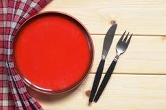 Πιάτο, δίκρανο και μαχαίρι Στοκ εικόνες με δικαίωμα ελεύθερης χρήσης
