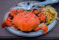 Πιάτο θαλασσινών καβουριών στο υπόβαθρο Στοκ φωτογραφίες με δικαίωμα ελεύθερης χρήσης