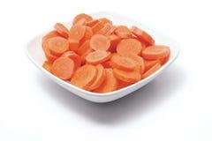 πιάτο καρότων που τεμαχίζ&epsilo Στοκ Εικόνες