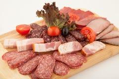 Πιάτο κόμματος του σαλαμιού, λιχουδιές κρέατος στοκ εικόνα με δικαίωμα ελεύθερης χρήσης
