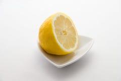 πιάτο λεμονιών Στοκ εικόνες με δικαίωμα ελεύθερης χρήσης