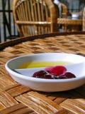 πιάτο μαρμελάδας μελιού Στοκ φωτογραφία με δικαίωμα ελεύθερης χρήσης
