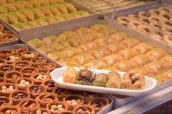 Πιάτο με τα τουρκικά μπισκότα στοκ εικόνα με δικαίωμα ελεύθερης χρήσης