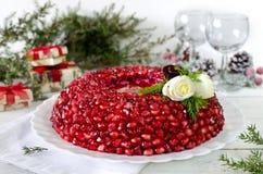Πιάτο με το βραχιόλι γρανατών σαλάτας Στοκ Φωτογραφία