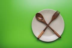 Πιάτο με το κουτάλι και το δίκρανο Στοκ Φωτογραφία