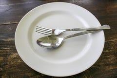 Πιάτο με το κουτάλι Στοκ εικόνες με δικαίωμα ελεύθερης χρήσης