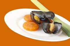 πιάτο μυδιών πράσων καρότων Στοκ Εικόνα