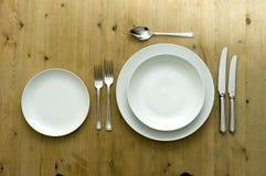 πιάτο που θέτει άσπρο Στοκ φωτογραφία με δικαίωμα ελεύθερης χρήσης